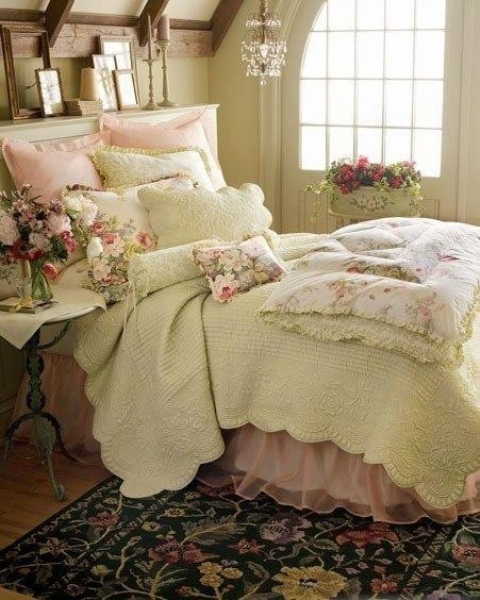 Inspiring 66 Romantic And Tender Feminine Bedroom Design Ideas 66