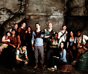 the maze runner, dylan o'brien, and cast image