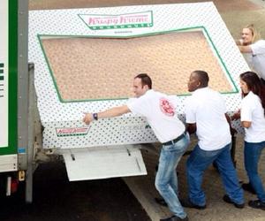 donuts, i want, and krispy kreme image