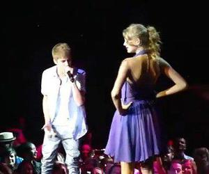 concert, couple, and Taylor Swift image