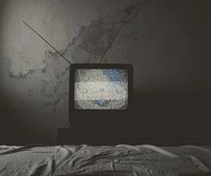 tv and black and white image