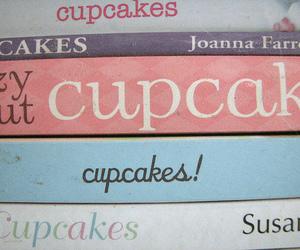 cupcake and book image