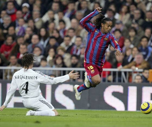 Barcelona, futbol, and Ronaldinho image