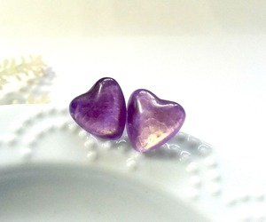romantic earrings, heart post, and purple gold studs image