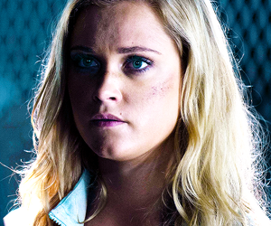 clarke, season 2, and the 100 image