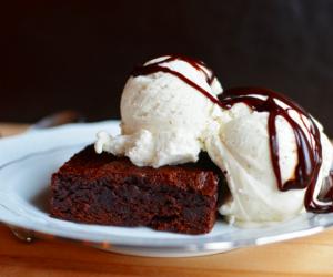 ice cream, chocolate, and brownie image