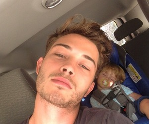 Francisco Lachowski, boy, and baby image