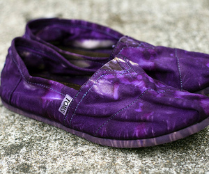 shoes, purple, and toms image