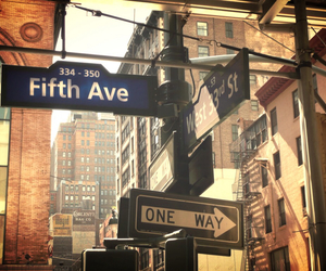 new york and fifth avenue image