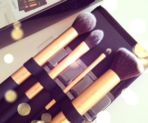 makeup, beautiful, and Brushes image