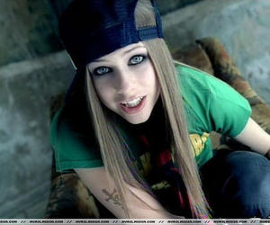 Avril Lavigne, Avril, and sk8er boi image