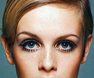 twiggy, model, and eyes image
