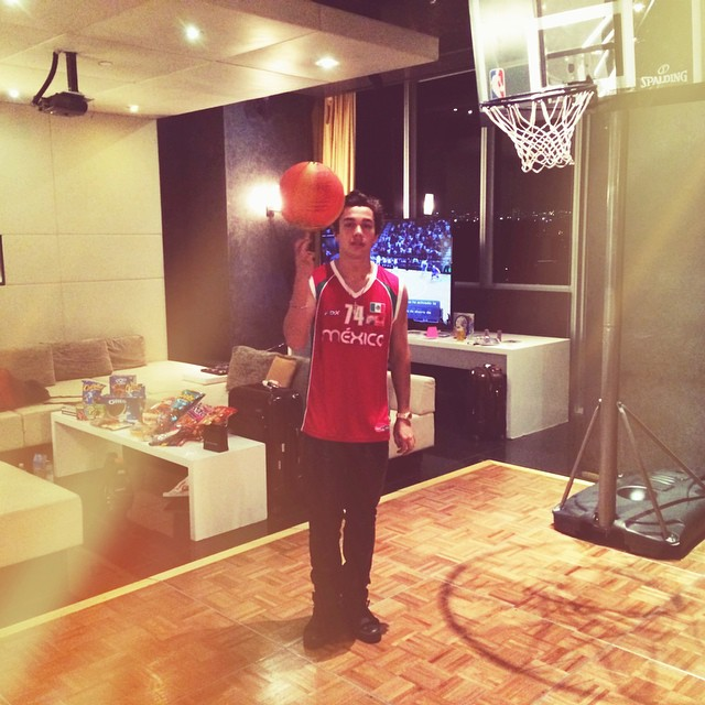 Austin Mahone Home 2015