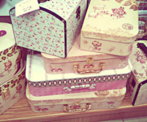 vintage, box, and pink image