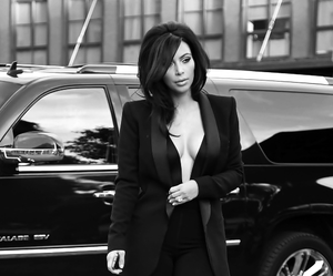 kim kardashian and smoking image