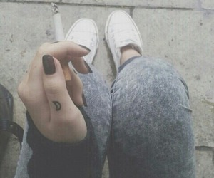 autumn, converse, and grunge image
