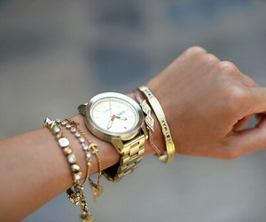 arm, gold, and brackelet image