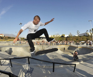 ryan sheckler, skateboard, and etnies image