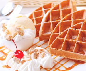 cream, food, and sweet image