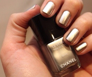 nails, gold, and chanel image