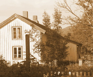 house, vintage, and old fashioned image