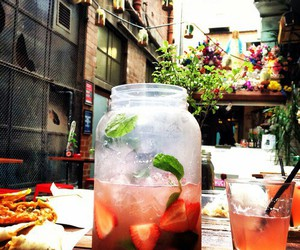 drink, summer, and strawberry image