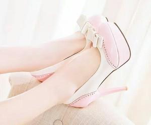 heels, high heels, and kfashion image
