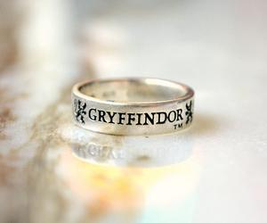 gryffindor, hogwarts, and harry potter image