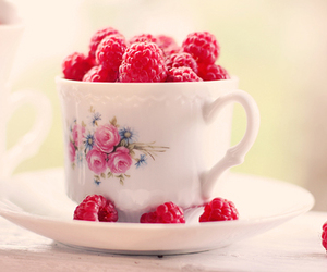 pretty, rasberry, and rose image