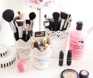 makeup, make up, and Brushes image
