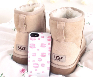 ugg, case, and iphone image
