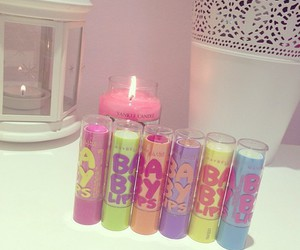 baby lips and candle image