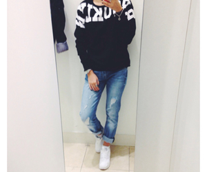 boyfriend jeans, fashion, and girl image
