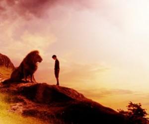 aslan, narnia, and edmund pevensie image