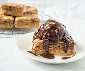 bourbon, chocolate, and brownies image