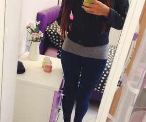 long hair, outfits, and ootd image