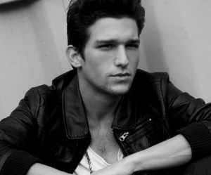 daren kagasoff and Hot image