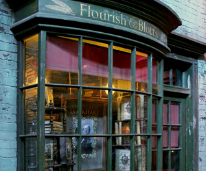 bookstore, harry potter, and diagon alley image