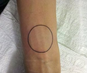 arm, simple tattoo, and circle image