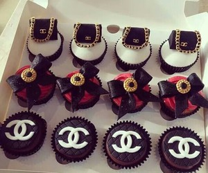 chanel, ♥♡, and cupcake image