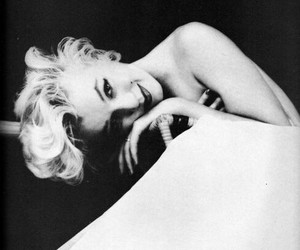beauty, celebrities, and Marilyn Monroe image