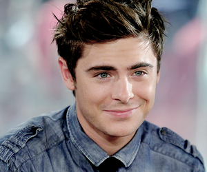 boy, city, and zac efron image