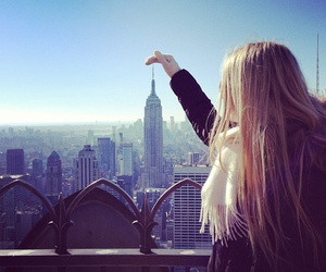 blonde girl, cold, and empire state image