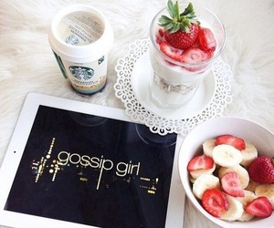 gossip girl, starbucks, and strawberry image