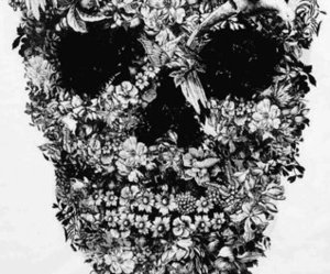 skull, flowers, and black and white image