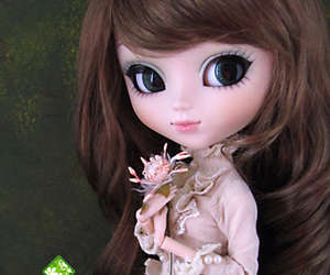 girl and pullip image