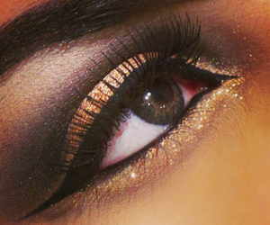 make up, eye, and glitter image