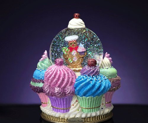 cupcakes, sparkle in so cal contest, and gingerbread image