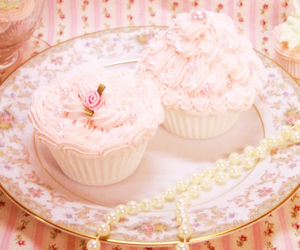 cupcake, pink, and pearls image