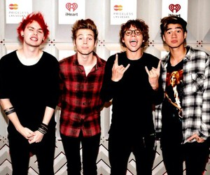 band, michael clifford, and calum hood image